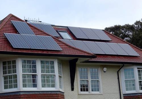 Avec des panneaux solaires votre maison est valorisée.