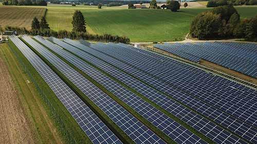 Les grands parcs photovoltaïques sont réservés aux producteurs d'énergie professionnels