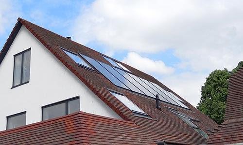 Les panneaux solaires sont gratuits si vous louez votre toiture.