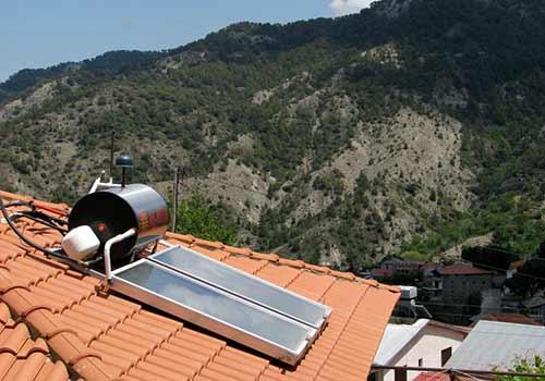 Pour l'installation d'un chauffe-eau solaire vous avez droit à MaPrimeRénov.