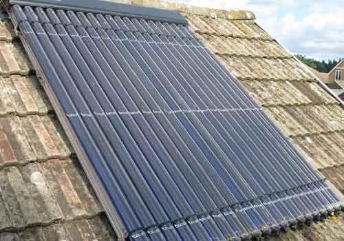 Les aides de l'État sont différentes pour les panneaux solaires thermiques