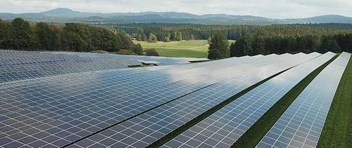 Les panneaux solaires au sol ne donnent pas accès aux aides
