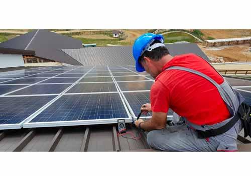 L'entretien de l'offre technique Nouvel'R Énergie a un vrai avantage sur ces concurrents.