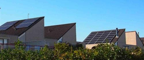 Les panneaux solaires permettent de faire plus d'économie en milieu urbain