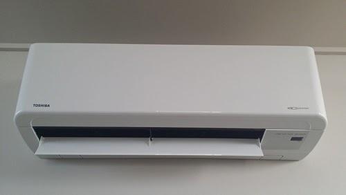Les panneaux solaires peuvent être alliés à une pompe à chaleur.