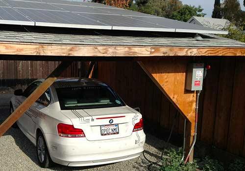 Découvrez comment installer un carport solaire.
