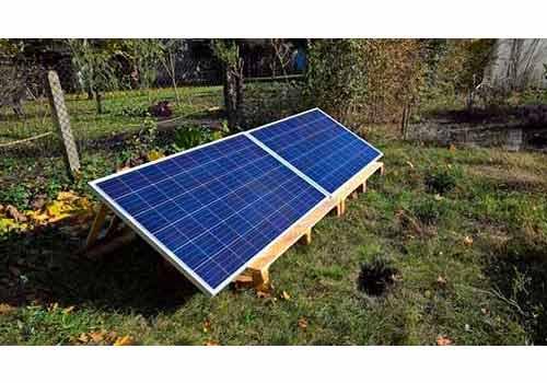 Installer ses panneaux solaires au sol, c'est possible.
