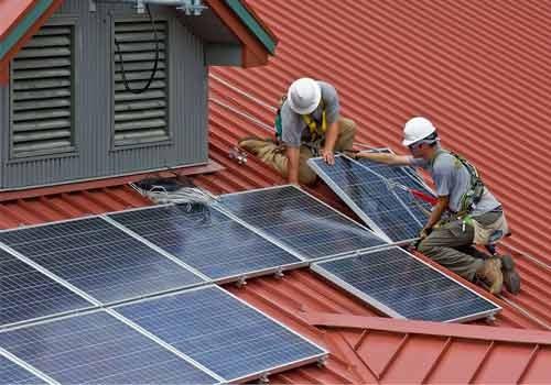 Découvrez comment installer soi-même sa centrale photovoltaïque