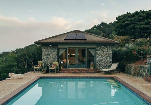 Les panneaux photovoltaïque permettent de chauffer une piscine