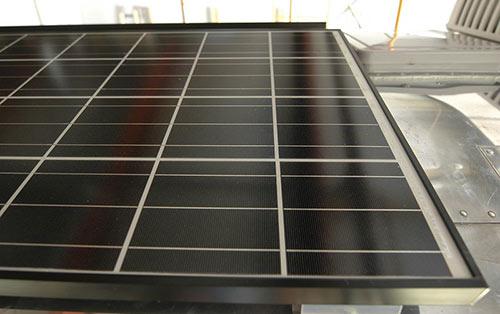 Le recyclage des panneaux solaires s'explique en plusieurs étapes