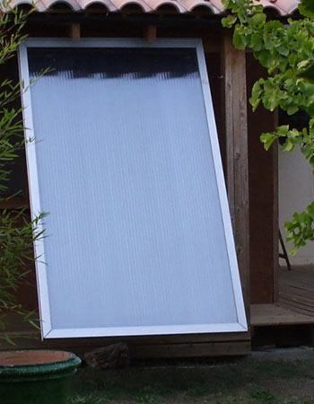 Pour votre eau chaude solaire, découvrez quel type de capteurs installer.