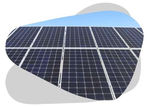 La dimension d'un panneau solaire est en moyenne de 1,7m²