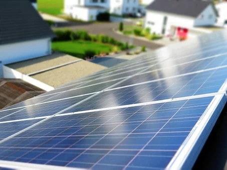 Le fonctionnement des panneaux photovoltaïques pour être autonome en énergie