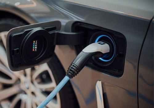 La consommation d'une voiture électrique est devenue un argument contre le réchauffement climatique.
