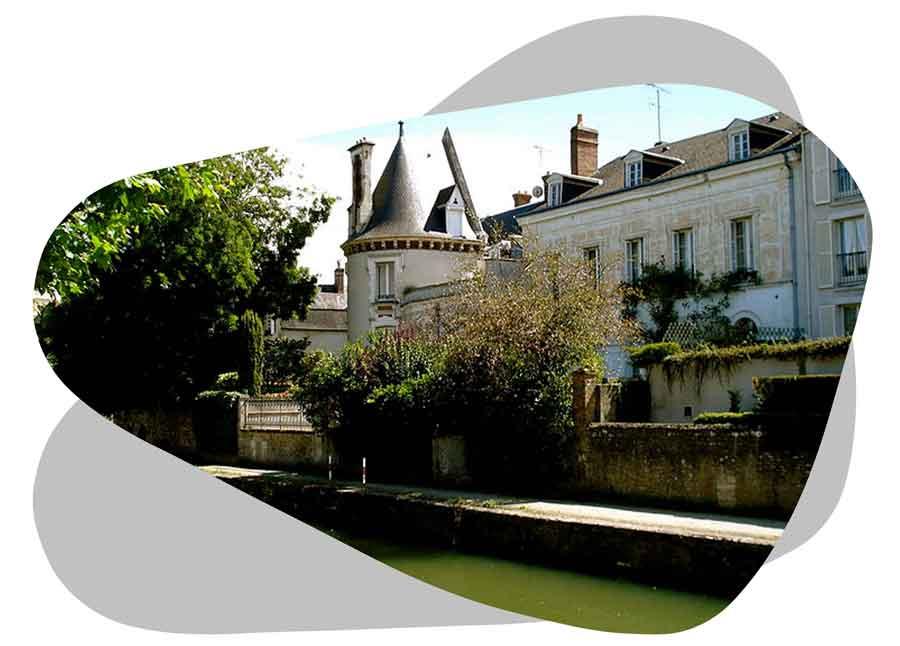Nouvel'R Énergie effectue votre maintenance photovoltaïque et l'entretien de vos panneaux solaires dans le Loiret