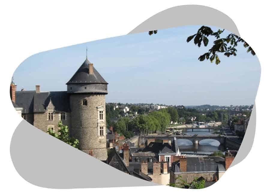 Nouvel'R Énergie effectue votre maintenance photovoltaïque et l'entretien de vos panneaux solaires en Mayenne