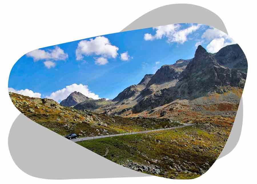 Nouvel'R Énergie effectue votre maintenance photovoltaïque et l'entretien de vos panneaux solaires dans les Hautes-Alpes