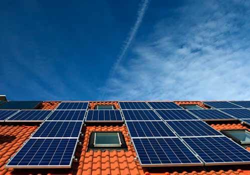 La revente de votre électricité à d'autres fournisseurs qu'EDF est tout à fait possible.