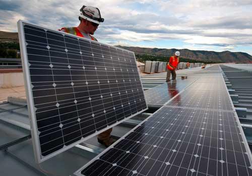 Réaliser des économies avec des panneaux solaires est possible au bout de quelques années.