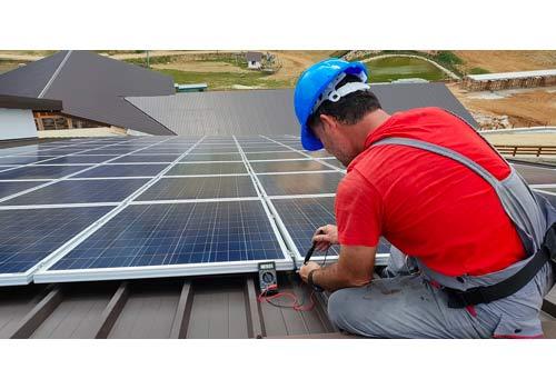 L'installation de panneaux solaires est un critère pour vendre de l'électricité à EDF.
