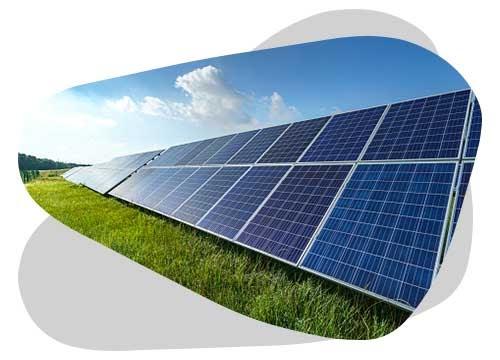 Un panneau solaire en autoconsommation triphasé a une meilleure puissance qu'une installation classique