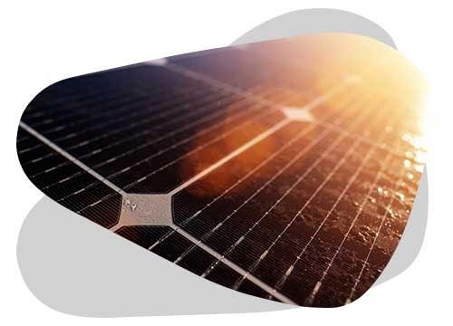 La meilleure batterie pour un panneau solaire va être déterminée grâce à plusieurs critères.