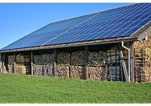 Installer des panneaux solaires sur son abri de jardin est la bonne solution.