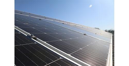 Les panneaux solaires plug and play peuvent être utilisés sur les balcons