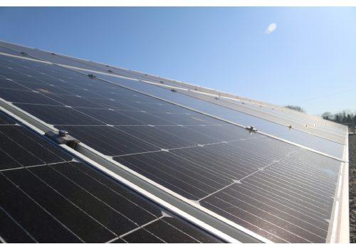 La serre photovoltaïque peut être construite gratuitement