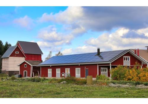 Découvrez comment améliorer le rendement des panneaux solaires thermiques.