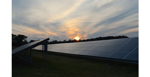 Les avantages du panneau solaire en autoconsommation triphasé sont nombreux.