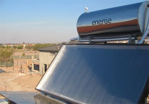 Un panneau solaire thermique vous permet de chauffer votre eau sanitaire