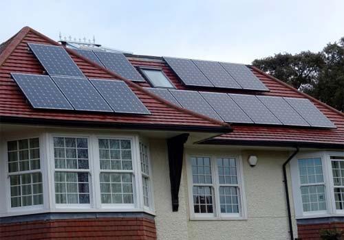 Il suffit d'être concerné par le photovoltaïque pour adhérer au GPPEP.