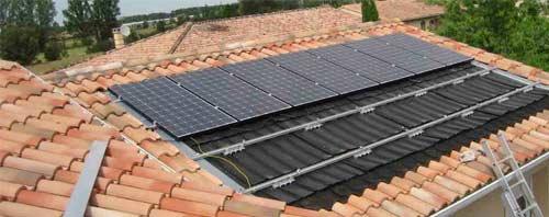 Les panneaux solaires intégrés au bâti sont de plus en plus rares.
