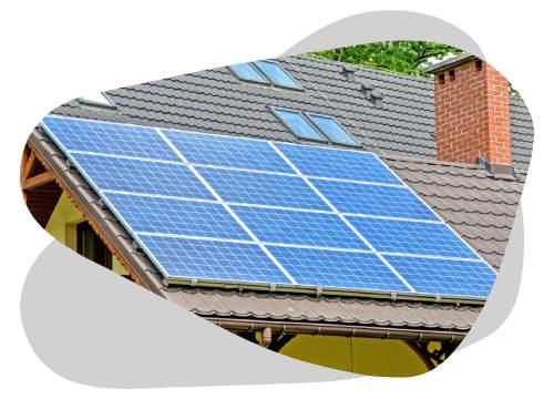 L'inclinaison d'un panneau solaire thermique se situe entre 40° et 60°.
