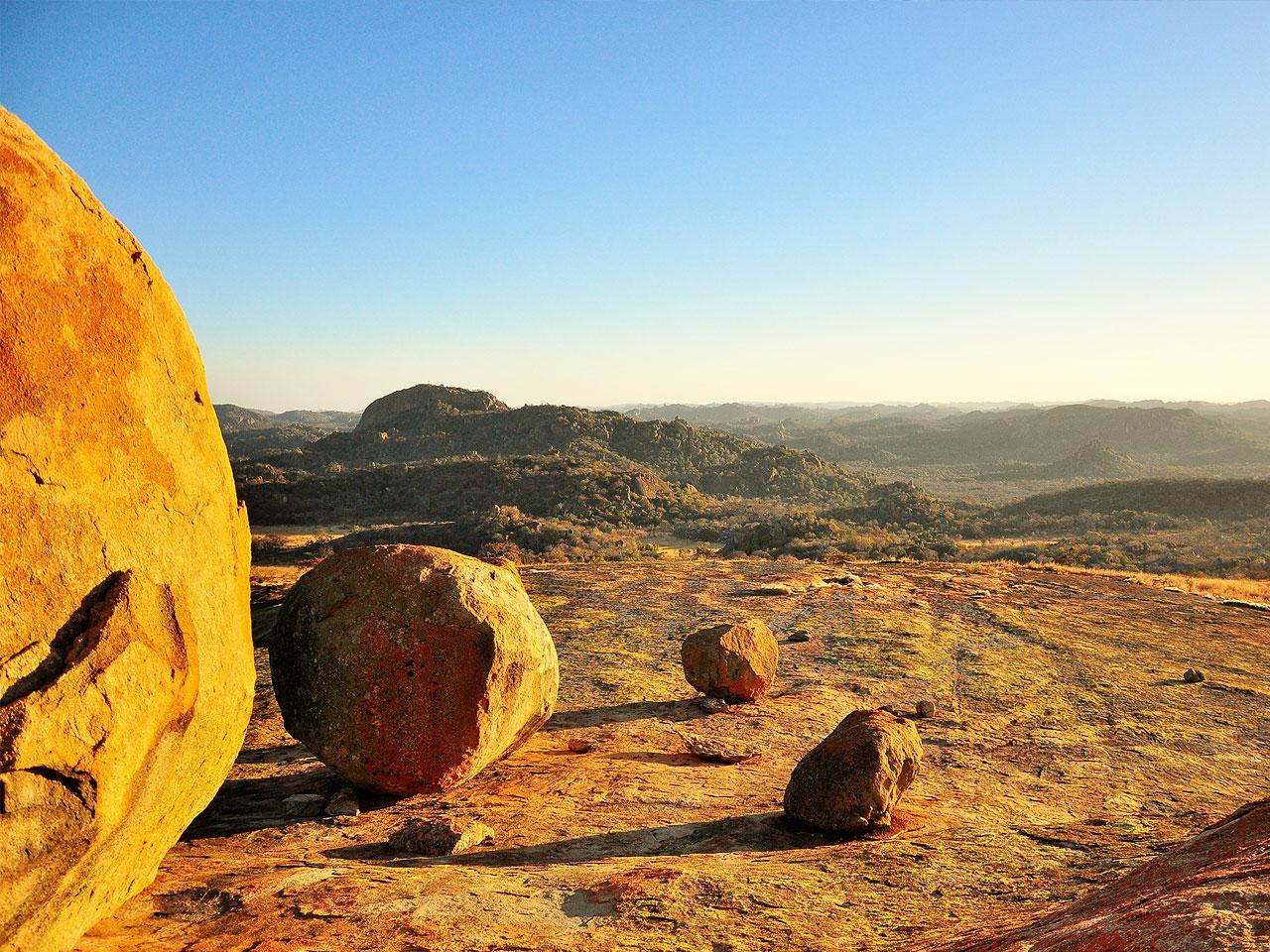 A view of Zimbabwe's landscape through boulders.