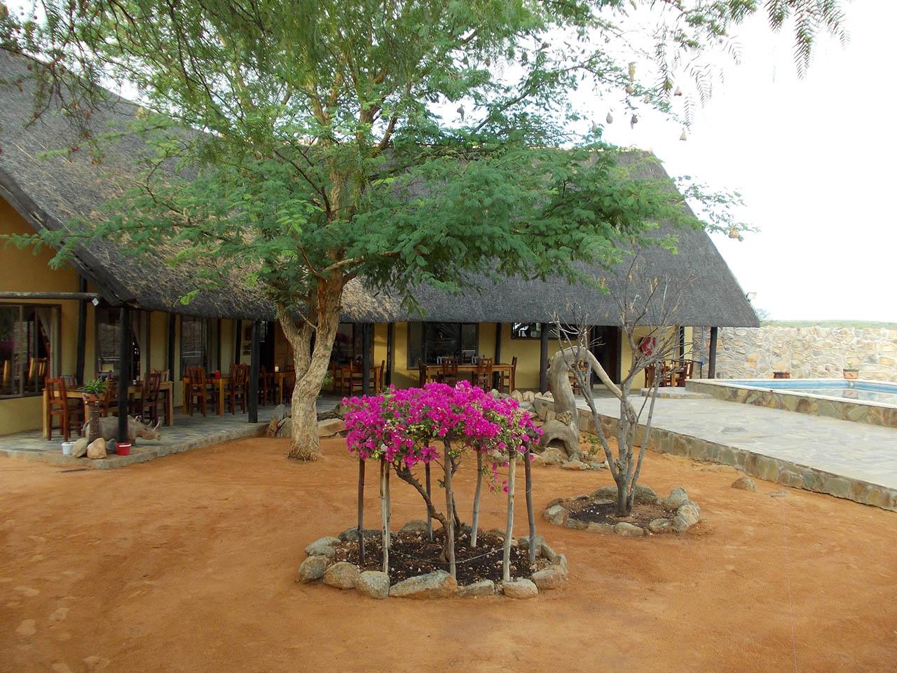 Oppi-Koppi Restcamp