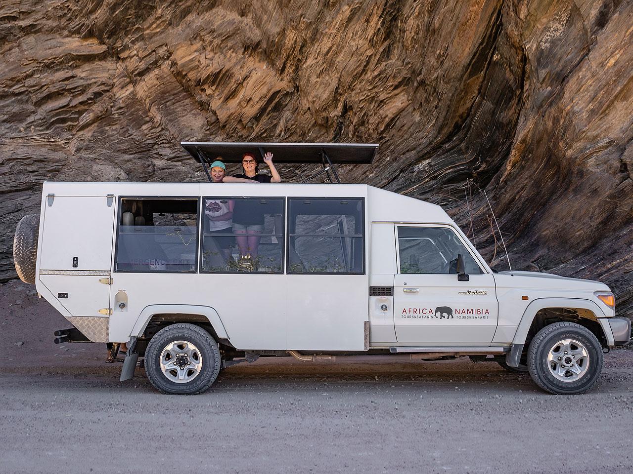 Toyota Land Cruiser Safari