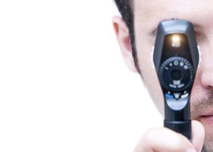 Oftalmoscopio directo
