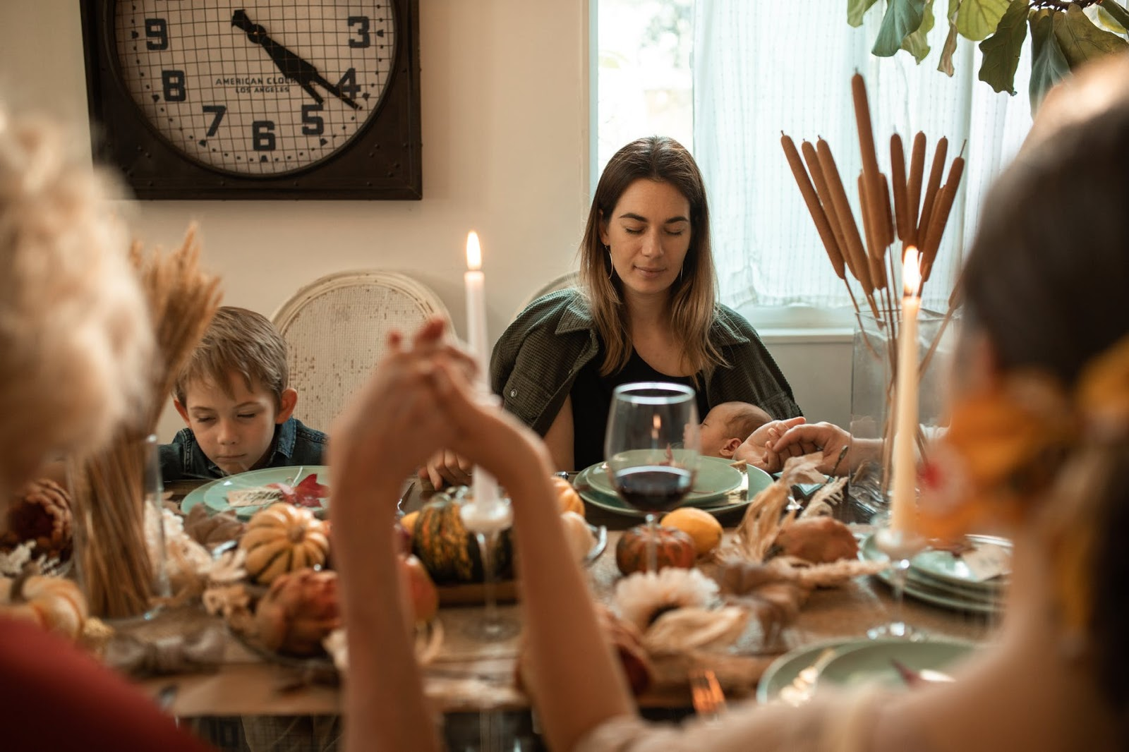 Read Bible verses perfect for celebrating Thanksgiving and showing gratitude to God with pray.com