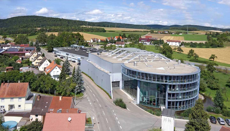 Luftaufnahme des Firmengebäudes von Burgmaier Technologies