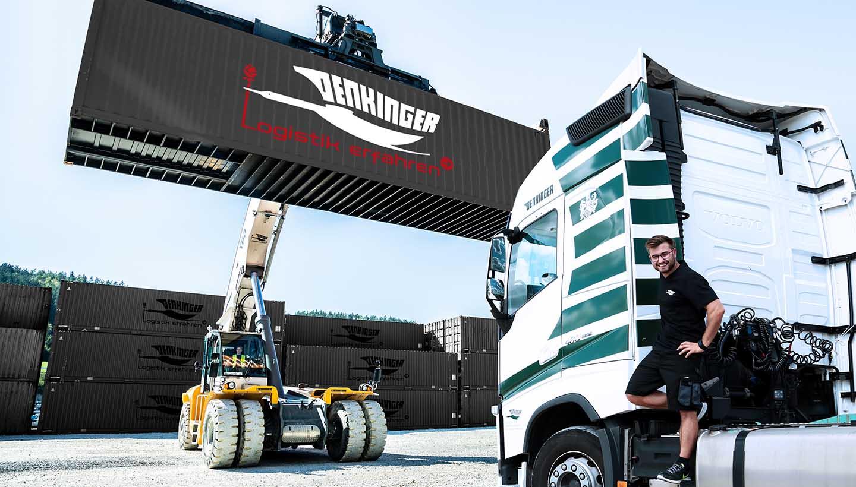 Reachstacker belädt Lkw mit Container