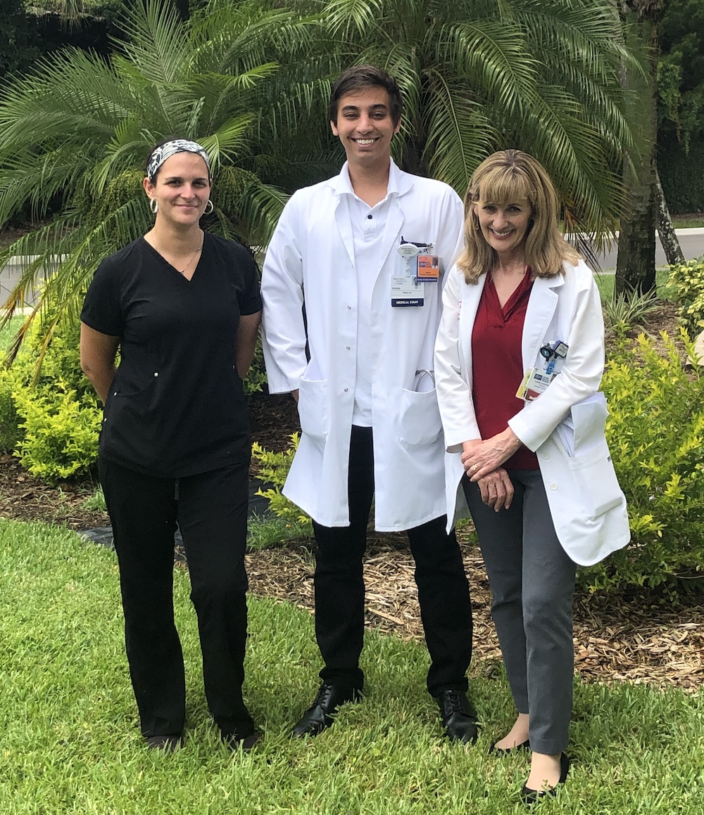 Rafael at his rotation photo. Rafael completed a clinical rotation as an img through AMO in the US.