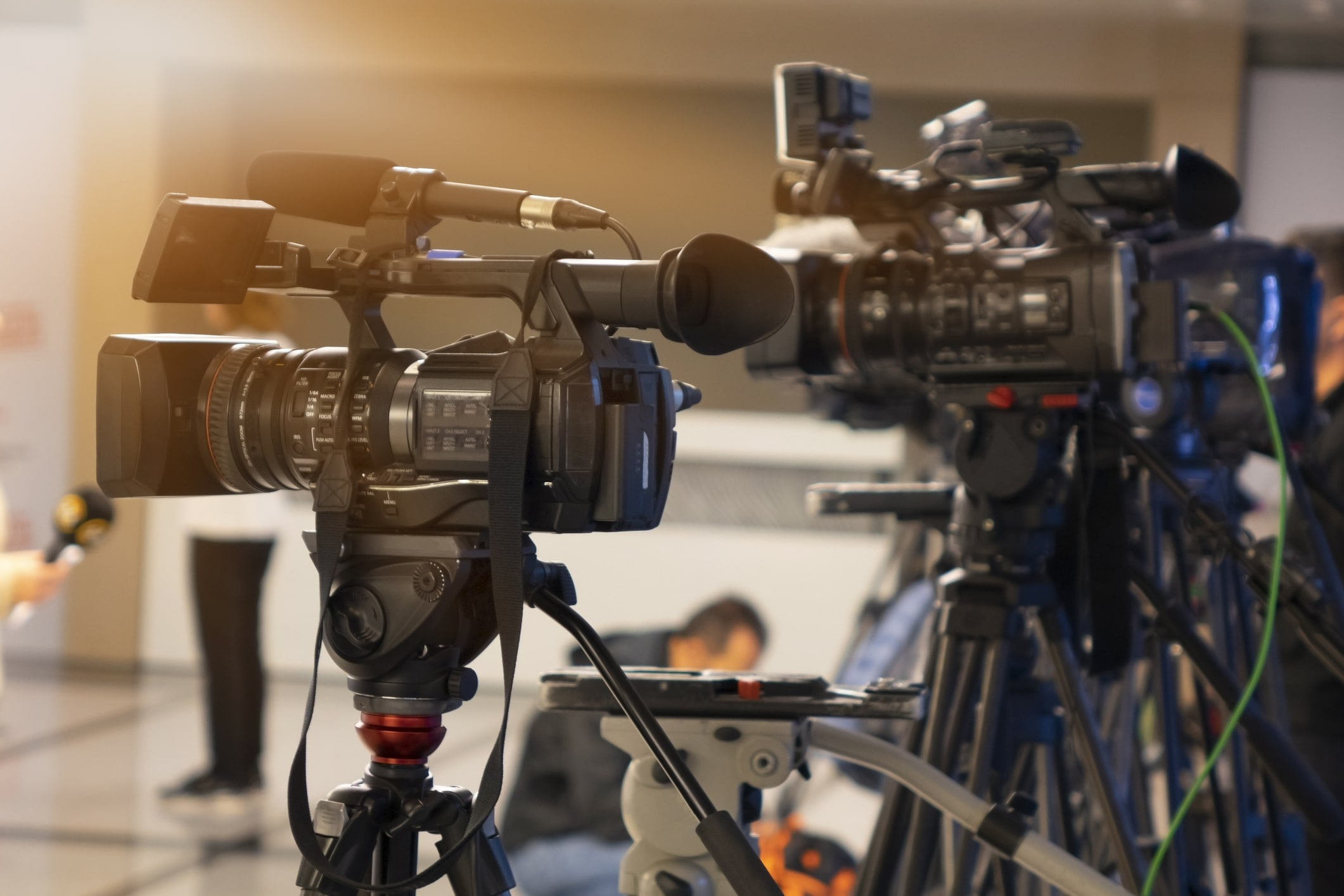 Who can have self-employed status in the film, television and production industries? - Image of TV cameras | Crunch