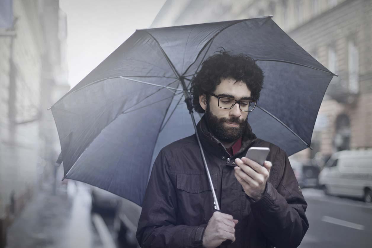 A freelancer using IFTTT