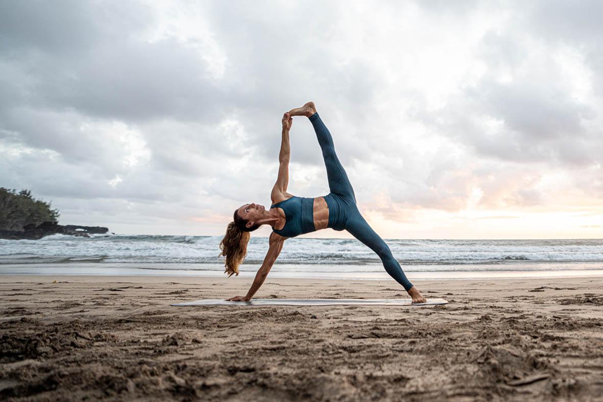 Yoga sets, Yoga leggings, Yoga Blocks, Yoga Straps, Yoga available online at Decathlon Ireland, Yoga & Pilates