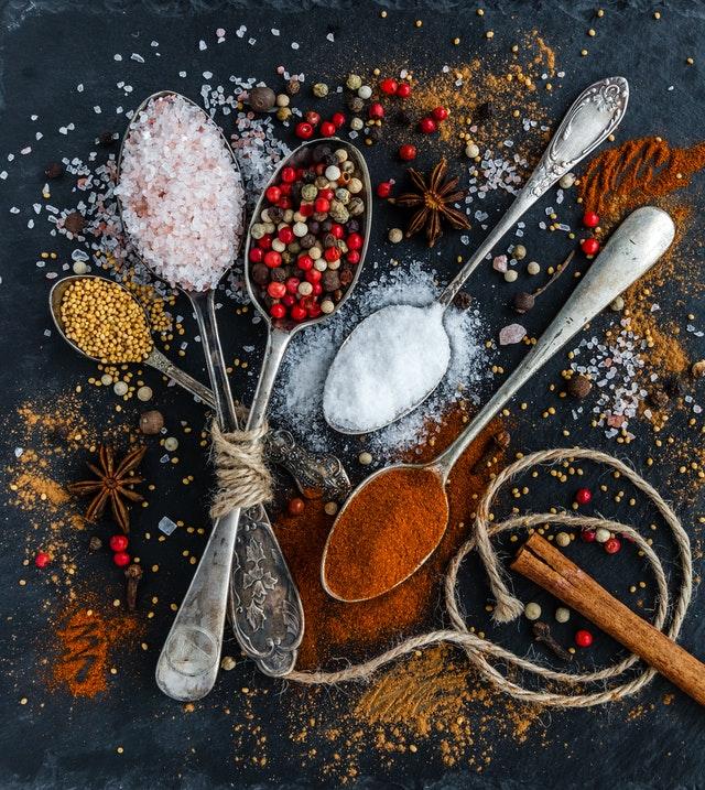 Créez votre chatbot vous permettant de générer une recette de cuisine à partir d'une liste d'ingrédients !
