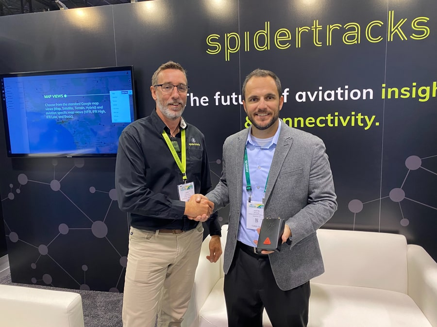 Dave Blackwell and Justin Brooke at HAI Heli-Expo 2020 with Spidertracks Spider X