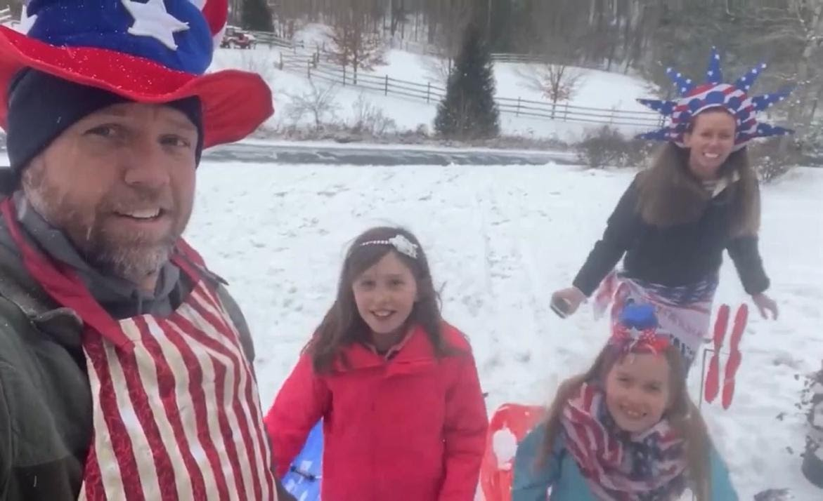 family in 4th of july costumes