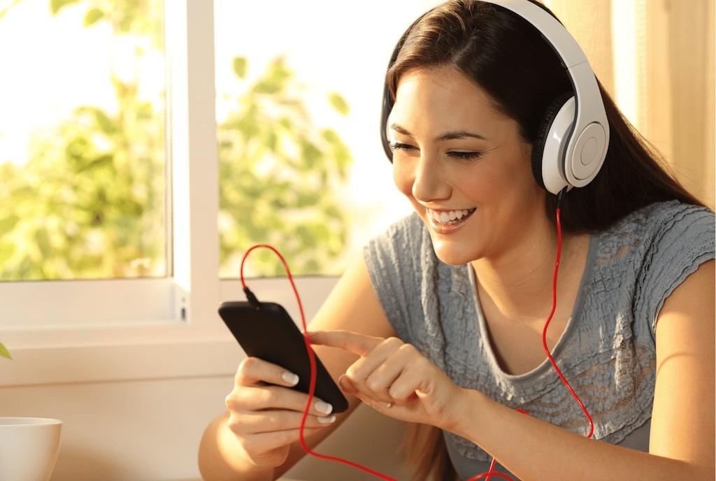 woman-using-phone-app